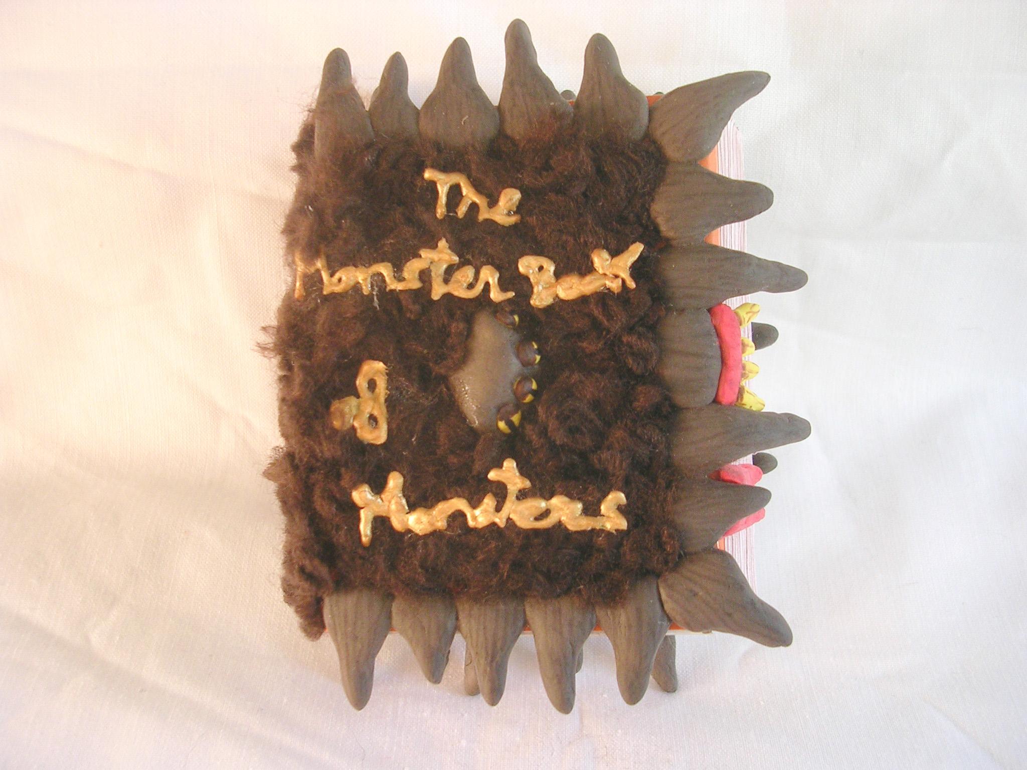 Mini caja-joyero monstruoso libro de los monstruos – Harry Potter